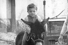 Giovanni a cavallo